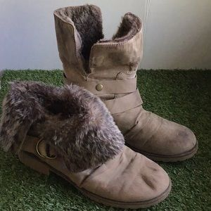 🎃 Beige Boots, size 8